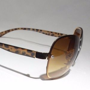 NWT Tommy Hilfiger Ladies Designer Sunglasses